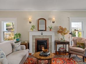 5506 SE Lafayette St Portland-012-009-Living Room-MLS_Size