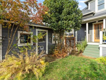 5506 SE Lafayette St Portland-046-039-Back Yard-MLS_Size